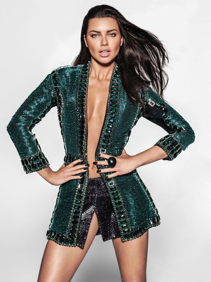 Adriana Lima Photoshoot by Russell James for Vogue Mexico July 2015 (5)