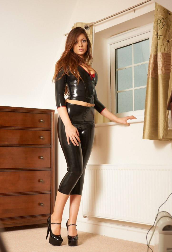 Alyssa ( Louisa Marie ) posing in tight leather pants from Latex Heaven