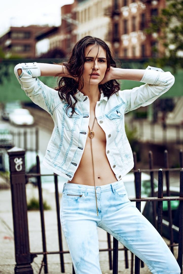 Brazilian Model-Fernanda Tavares by Lucas Fonseca in 'Brooklyn Groove' (2)