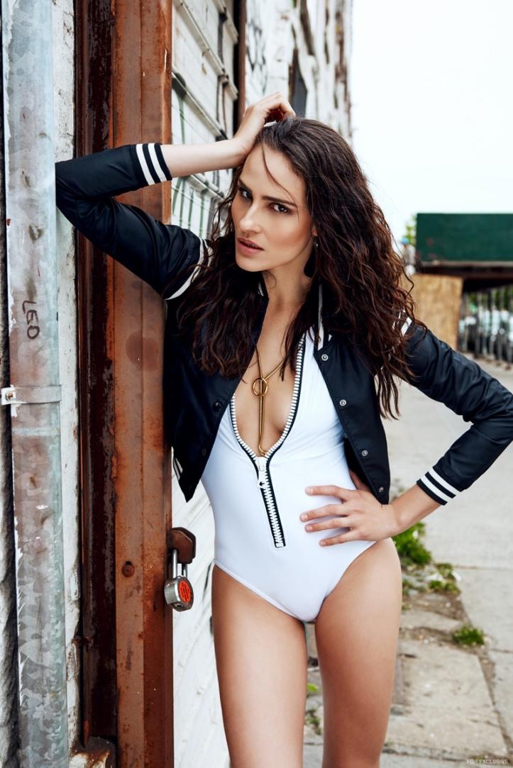 Brazilian Model-Fernanda Tavares by Lucas Fonseca in 'Brooklyn Groove' (7)