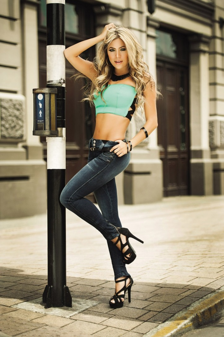 Daniela Tamayo for Love Me Jeans collections (8)