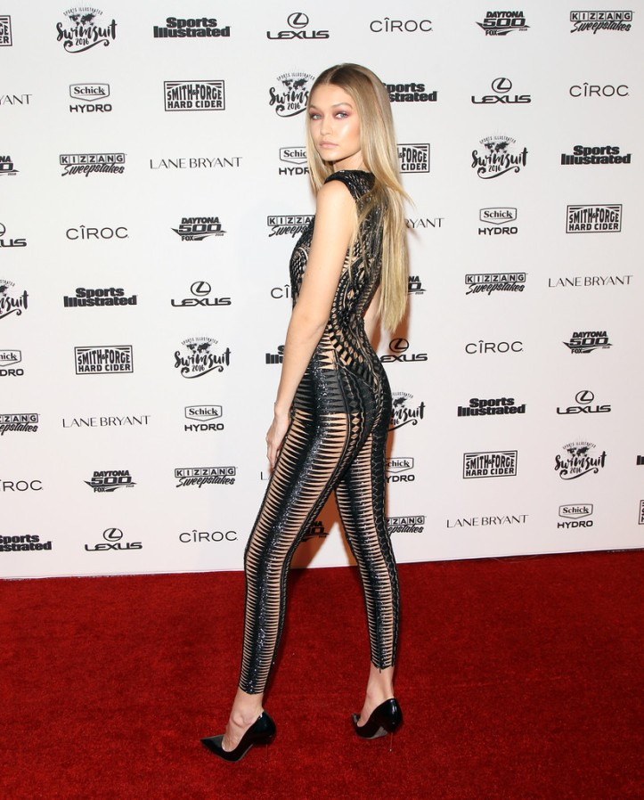 Gigi Hadid for Sports Illustrated Swimsuit 2016 - NYC VIP press event on February 16, 2016 in New York City (2)