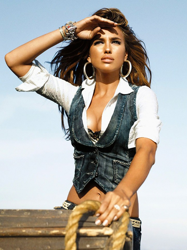 Irina Shayk for GUESS Jeans Fall Winter 2008 (7)