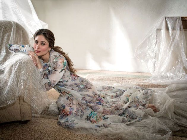 Kareena Kapoor Braces The Cover Page Of Elle Magazine February 2016 Issue (4)
