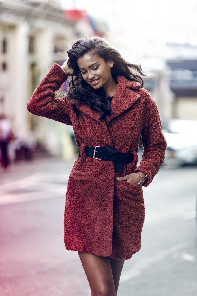 Kelly Gale for Nelly's Fall 2015 campaign Collections (4)
