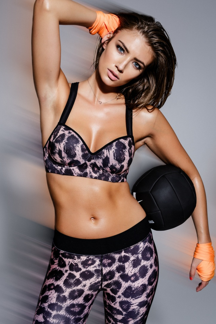 Lorena Rae by  Nicklas Gohle for Nelly.com Sport