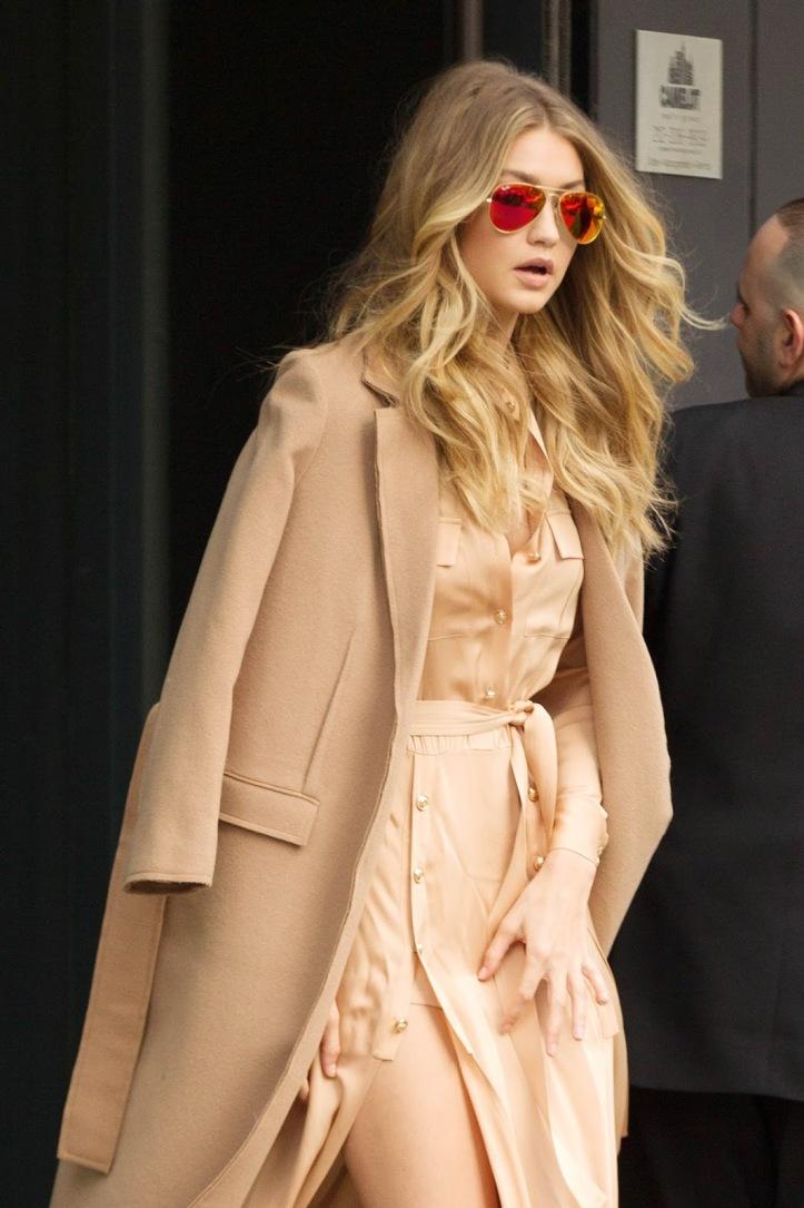 Model Gigi Hadid is seen walking in Soho on December 8, 2015 in New York City (10)