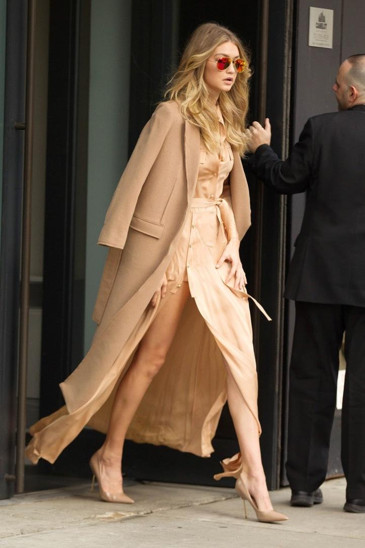Model Gigi Hadid is seen walking in Soho on December 8, 2015 in New York City (11)