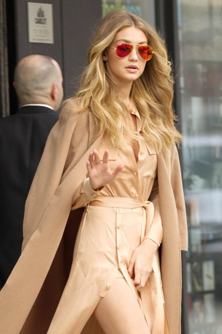 Model Gigi Hadid is seen walking in Soho on December 8, 2015 in New York City (2)