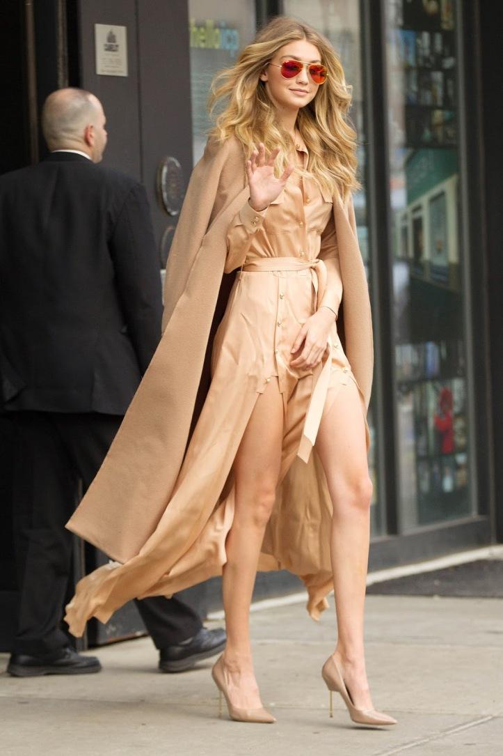 Model Gigi Hadid is seen walking in Soho on December 8, 2015 in New York City (7)