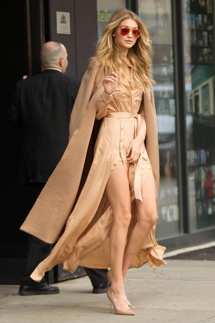 Model Gigi Hadid is seen walking in Soho on December 8, 2015 in New York City (9)