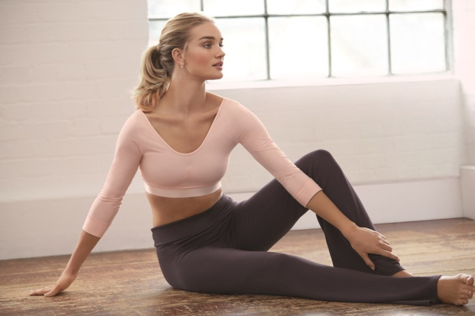 Rosie Huntington-Whiteley by Marks and Spencer for Autograph Active Collection 2016 (6)