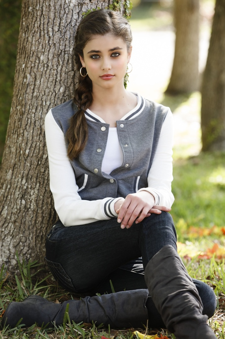 Taylor Marie Hill for Body Central Fall 2012 Photo Shoot (5)