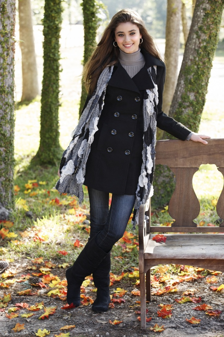 Taylor Marie Hill for Body Central Fall 2012 Photo Shoot (9)