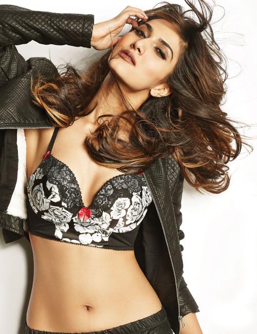 Vaani Kapoor for FHM Magazine India January 2014 Photoshoot