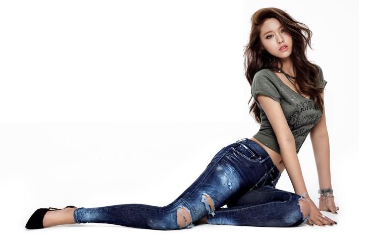 Kim Seolhyun- South Korean idol Singer and actress HQ photo-shoot
