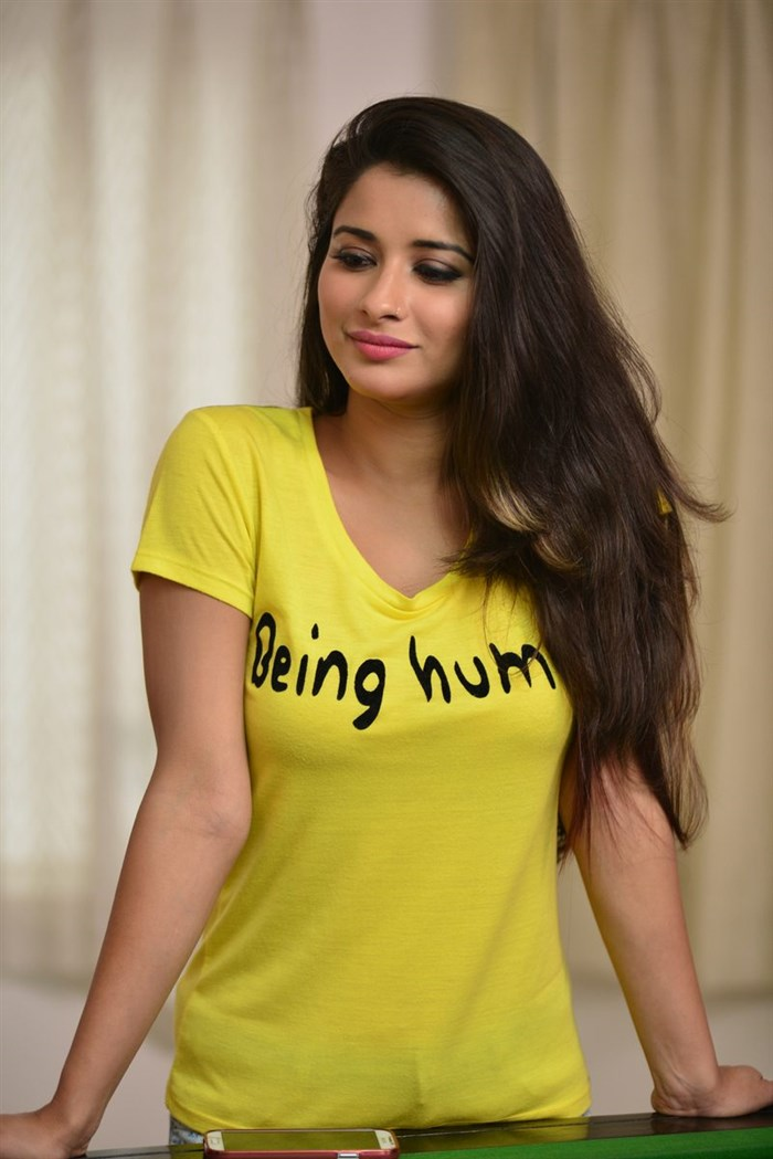 Madhurima Banerjee Candids Photography from Best Actors Movie