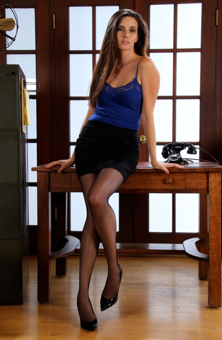 Model Brynn looking extremely hot at OfficeErotic.com