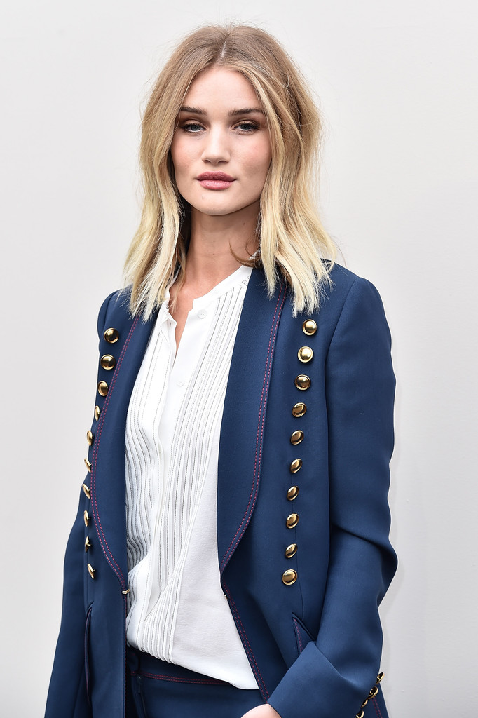 Rosie Huntington-Whiteley attends the Burberry show during London Fashion Week Autumn-Winter 2016-17