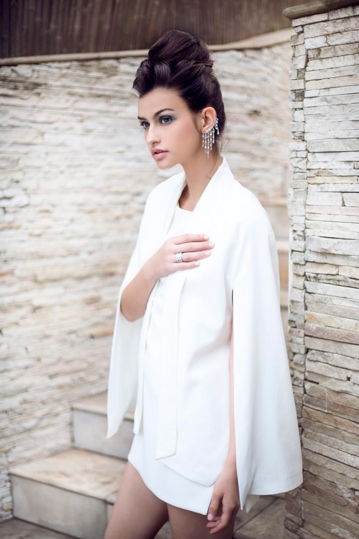 Taina Bavaria photo-shoot by Vanessa APRA