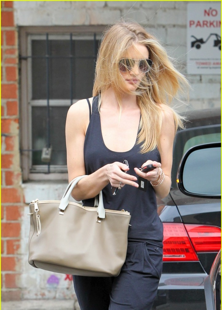 Rosie Huntington-Whiteley - Leaving Ballet Bodies in West Hollywood on July 2014