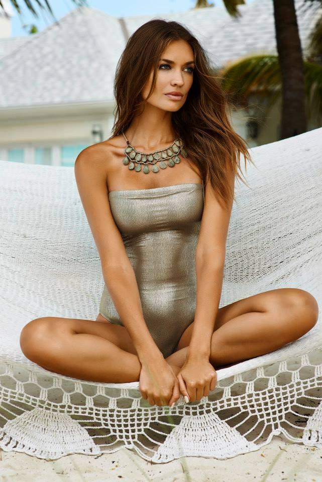 Amber Arbucci for PilyQ Resort 2015 (10)