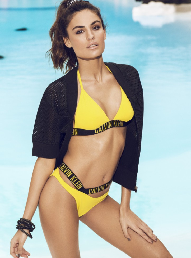 Isabel Canete for Women's Health Spain July 2016 (1)