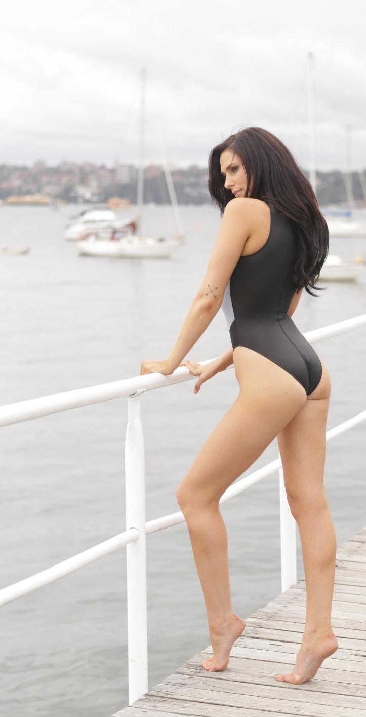 Maddison photo-shoot for Swimsuit-Heaven (1)