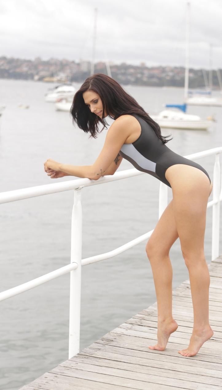 Maddison photo-shoot for Swimsuit-Heaven (5)
