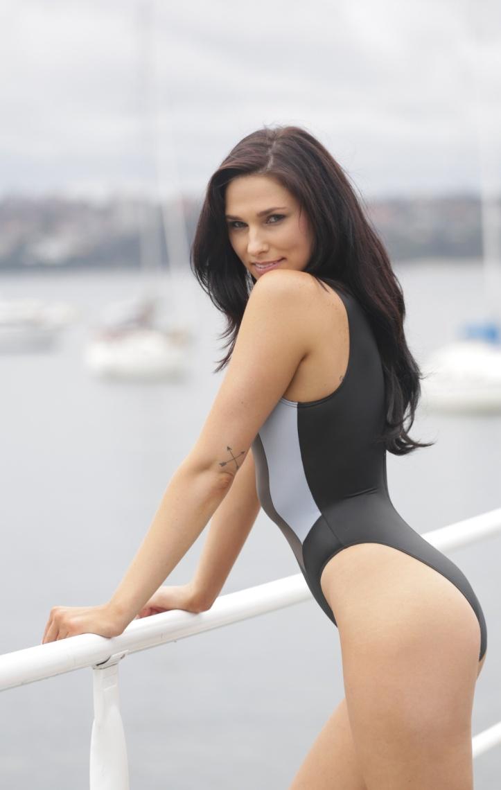 Maddison photo-shoot for Swimsuit-Heaven (6)