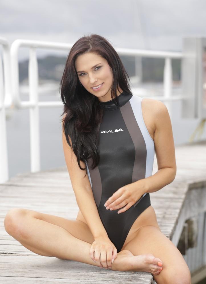 Maddison photo-shoot for Swimsuit-Heaven (7)