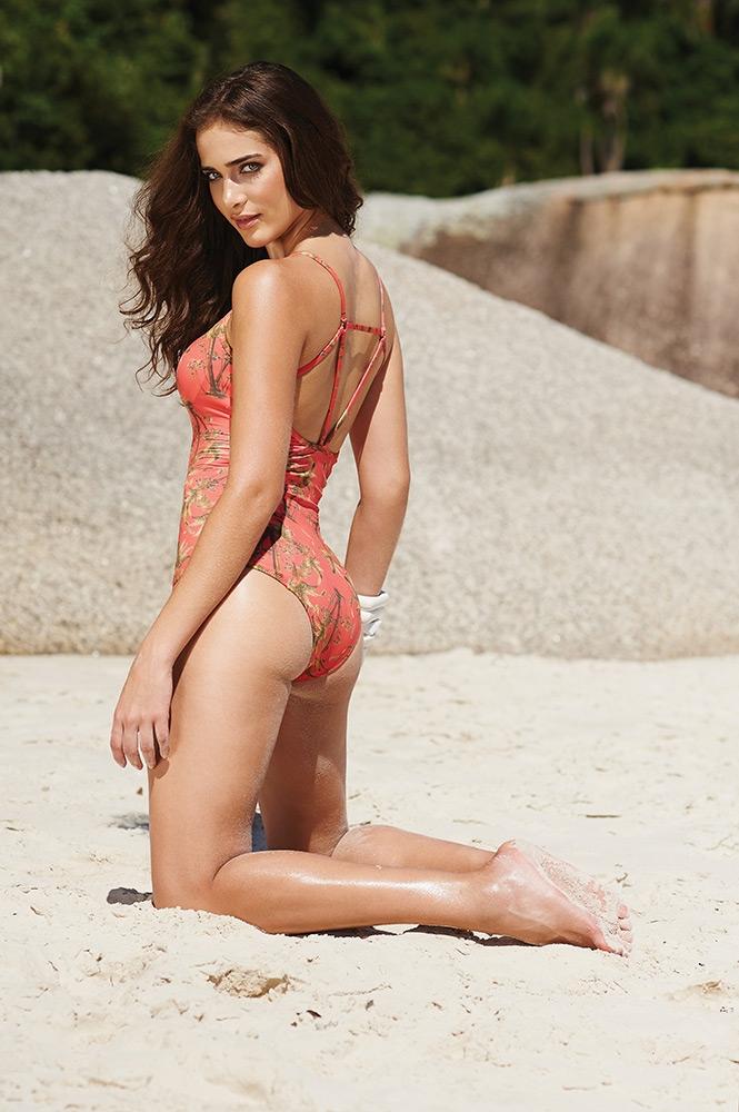 Rebeca Campelo for Indecense Beachwear 2017 (1)