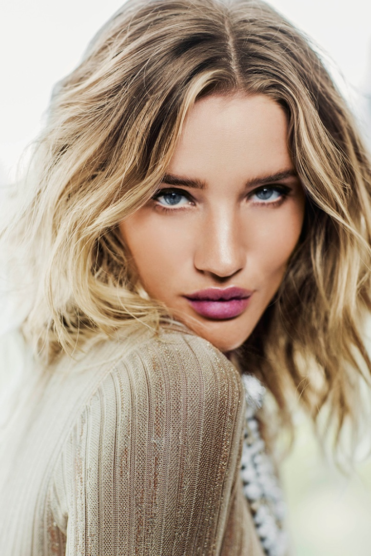 Rosie Huntington Whiteley – Vogue Thailand Magazine July 2016 (6)