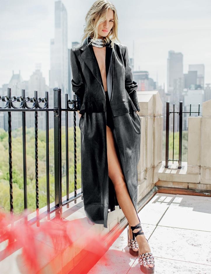 Rosie Huntington Whiteley – Vogue Thailand Magazine July 2016 (8)
