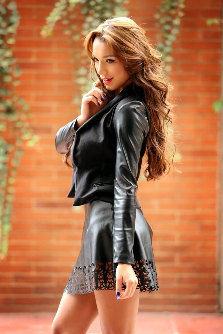 Stefania Franco for Paisa Book Abril 2014 (9)